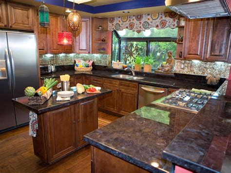 italian kitchen design pictures ideas tips from hgtv candice s design tips dueling kitchens hgtv