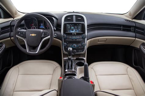 Chevrolet Malibu Interior by 2015 Chevrolet Malibu Turbo Test Photo Gallery Motor Trend