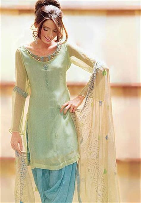 gorgeous patiala style salwaar kameez suit fashion