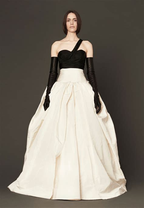 vera house vera wang house of bridal gowns spellbrand 174
