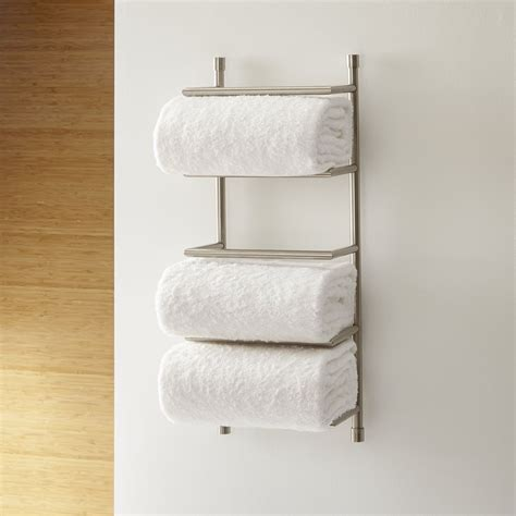 Bath Towel Wall Rack by 20 Tips For An Organized Bathroom