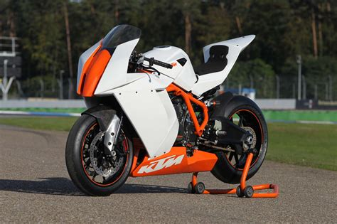 Ktm Rc8 Specifications 2012 Ktm 1190 Rc8 R Race Specs Moto Zombdrive