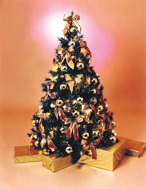 christmas tree hire glistening gold style fully decorated