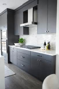 grey modern kitchen cabinets best 25 modern kitchen cabinets ideas on pinterest