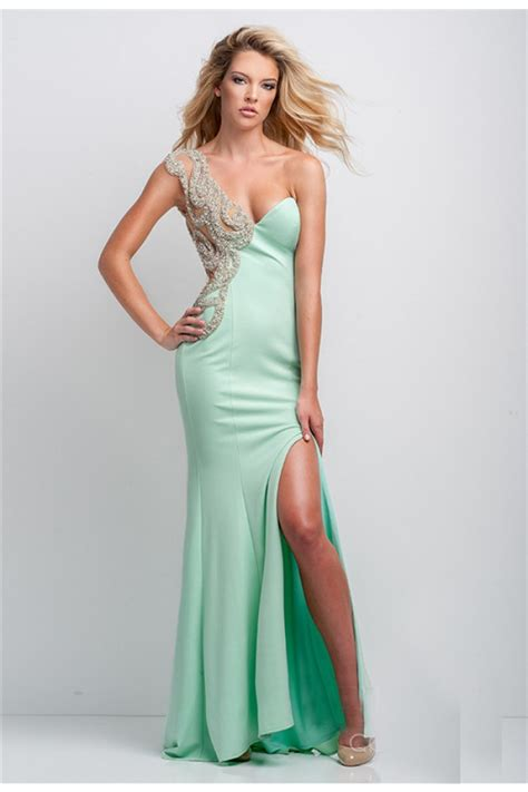 Coral Dress For Wedding Guest – Descubre Vestidos de Fiesta en Color Verde Esmeralda
