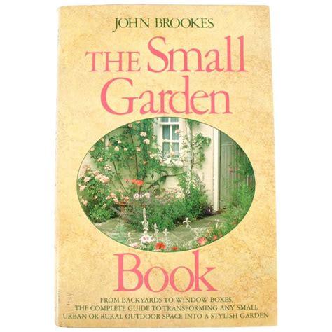 chihuly   royal botanic gardens kew book signed