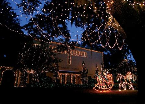 festival of trees and lights 2017 holiday flair light up mount dora grand oaks festival of