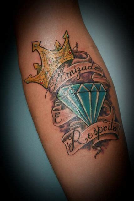 tatuagem de diamante com coroa de amizade fotos tatuagem