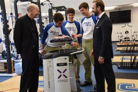 Jesuit Mba Schools by Jesuit High School Alumnus Donates Xenex Germ Zapping