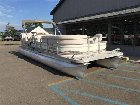 1999 manitou pontoons legacy 24 24 foot 1999 premier - Premier Boats Gun Lake
