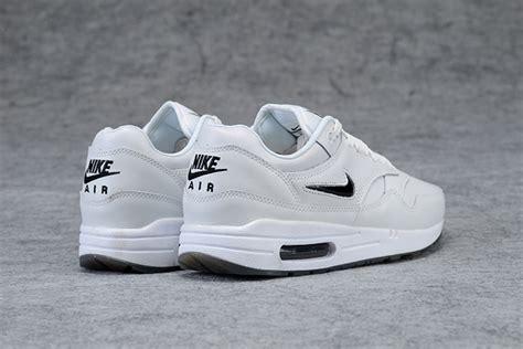 Nike Air Max 1 X Supreme X Louis Vuitton White Premium Original cheap supreme x louis vuitton lv x nike air max 1 in 307443 for 48 50 on nike air max