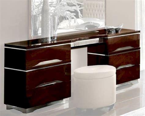 Modern Vanity Dresser by Italian Vanity Dresser Matrix Style 33150mt