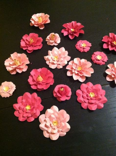 Show Me How To Make Paper Flowers - show me your paper flowers weddingbee