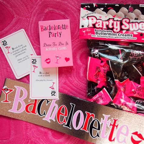 Difference Between Bachelorette And Bridal Shower by The Difference Between A Bridal Shower And A Bachelorette