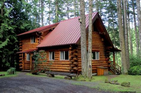 Two Room Log Cabin by 33 Popular Cabin Holidays You Never Think Before Freshouz