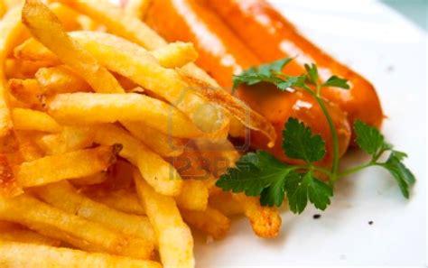 toko kelontong french fries sausage