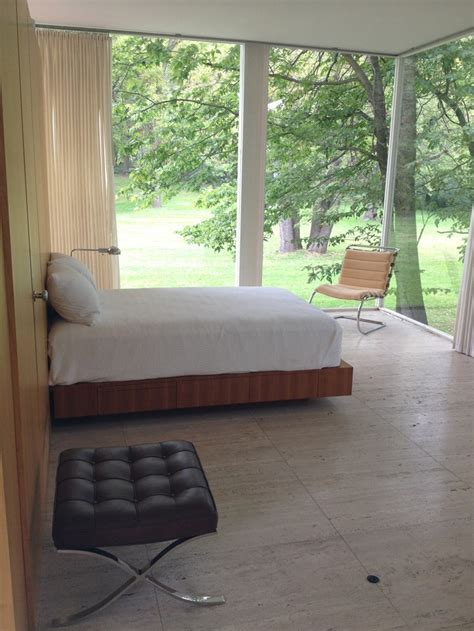 farnsworth house bedroom 17 best images about ludwig mies van der rohe on pinterest