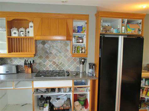 cleaning kitchen cabinets before painting kitchen cabinet painting clean state painting