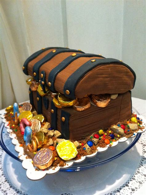 Treasure Chest Decorations by Treasure Chest Cakes Decoration Ideas Birthday