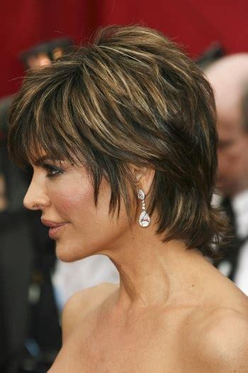 lisa rinna hairstyles in 2018 hairstyles lisa rinna short wispy hairstyle