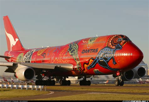 qantas spray painter 1000 images about cool airplane paint schemes on