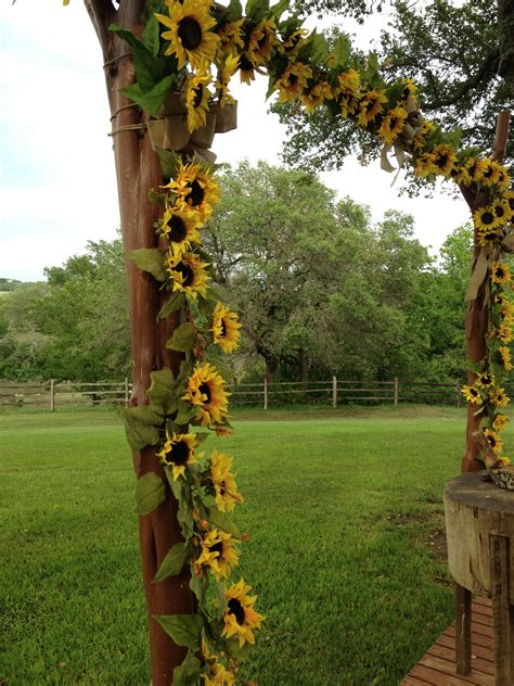 Wedding Arch With Sunflowers by Arch Of Sunflowers Drew S Wedding