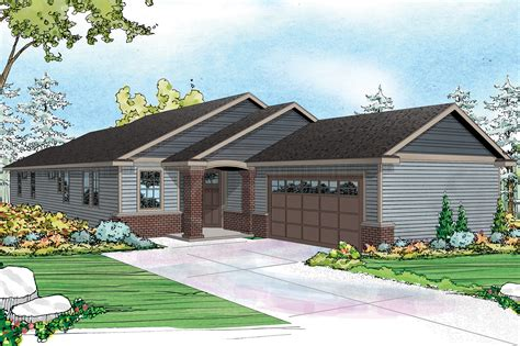 Contemporary Ranch Design Fits Well on Narrow Lot