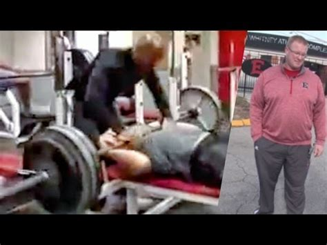 kid bench press news story wow kid dies dropped 315lbs doing bench press