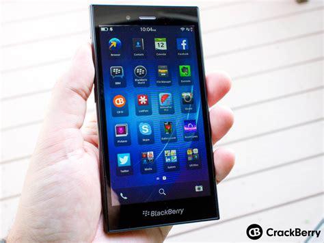 Led Bb Z3 nokia lumia 720 vs blackberry z3 display hardware design and price comparison which device