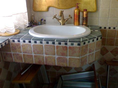 lavandino bagno sospeso lavandino bagno sospeso risparmio spazio idee
