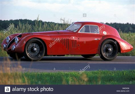 Alfa Romeo 8c 2900 by Car Alfa Romeo 8c 2900 B Touring Le Mans Vintage Car