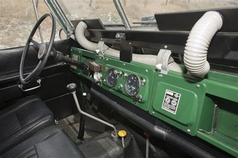 land rover inside view caf 201 racer 76 1969 land rover iia hardtop 2 25