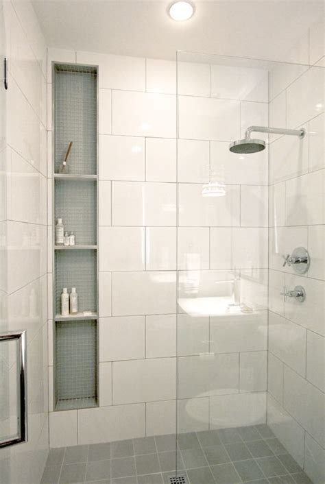 White Bathroom Tile Ideas Pictures by Amazing White Tile Bathroom Design Ideas 17 On Home Decor
