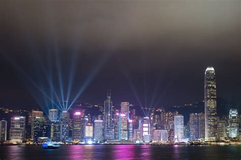 Hong Kong Light Show by Hong Kong S Cityscape Light Show Receives A Shimmering Rev