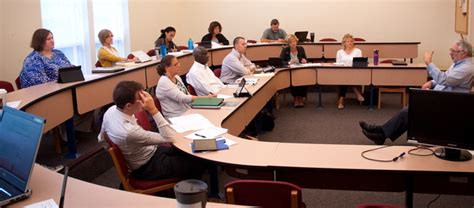 Collaborative Mba Programs by Collaborative Mba Students Bond At Bluffton
