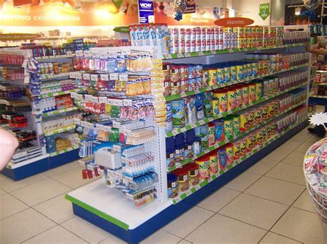 tiendas oxxo venezuela asaltantes de tiendas de autoservicio acumulan 30 a 241 os de