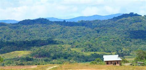 Situs Aborsi Sulawesi Taman Nasional Lore Lindu Melihat Situs Megalit Di