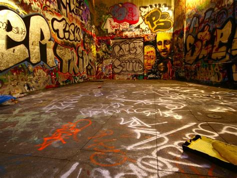 graffiti dance wallpaper free hd best graffiti desktop wallpaper wallpapers and
