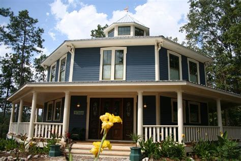 octagonal houses 61 best octagon homes images on pinterest octagon house