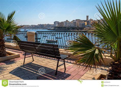 bench at the bay bench at the bay stock photos image 32723473