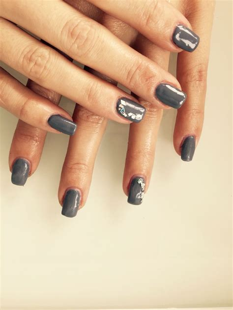Ongle Gel Gris by Ongles En Gel Gris Nail Argent Espace Tala