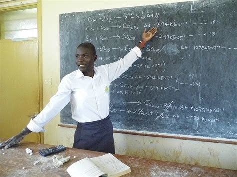 school chemistry uganda  photo  pixabay