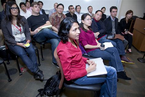 Stanford Mba Entrepreneurship Program by Stanford Drops Sloan Fellows Name