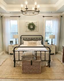 Farmhouse Style Bedroom 25 best ideas about guest rooms on pinterest guest