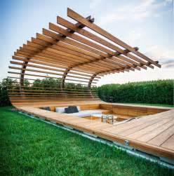 terrasse bois piscine par alessandro isola