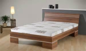 mod le de lit en bois massif mzaol