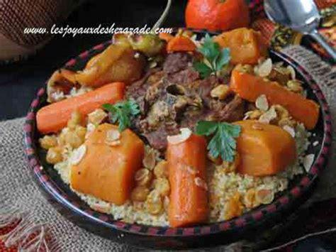 cuisine alg駻ienne couscous recettes de couscous alg 233 rien et l 233 gumes