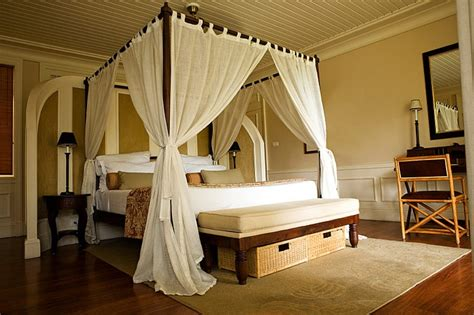 Feng Shui Bed Frame This Bed Is Inviting A Feng Shui Bedroom It Makes You Just Want To Curl Up With A