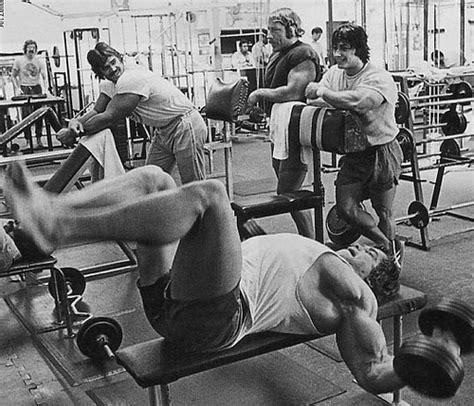 frank zane bench press 1970 s bodybuilding routine old school bodybuilding