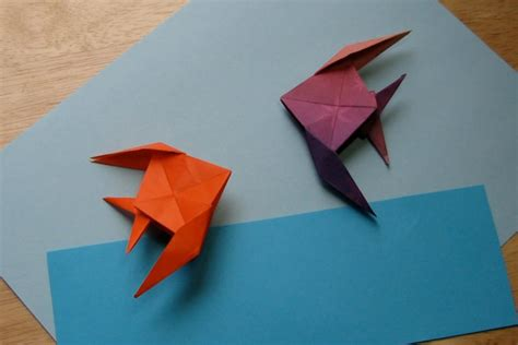 How To Make Paper Folding Fish - fish foldsomething origami paper crafts